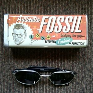 Fossil sunglasses With case!